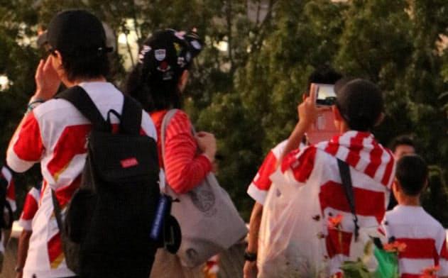セコムは気球を使って試合会場を警備する(ラグビーW杯開催中の10月13日、横浜市の横浜国際総合競技場)