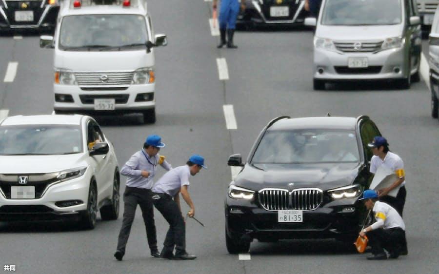 あおり運転罪」新設へ 免許即取り消し、警察庁: 日本経済新聞