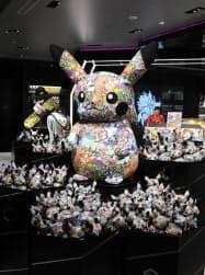 11月に改装開業した渋谷パルコに入る「ポケモンセンターシブヤ」には店舗限定の商品が並ぶ