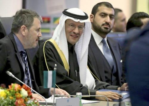 石油輸出国機構(OPEC)は5日、協調減産の拡大を協議した=AP