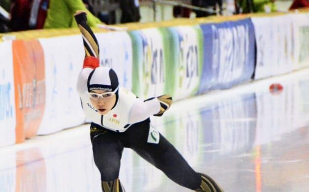 女子1000メートルで4位だった小平奈緒(6日、ヌルスルタン)=共同
