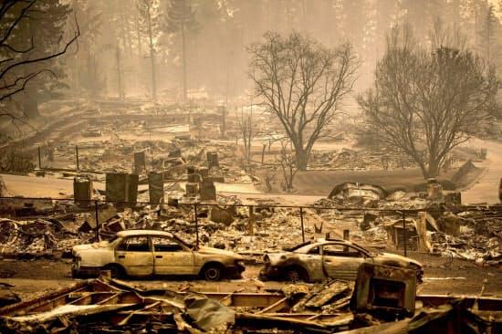 PG&Eの設備が火元となった18年のカリフォルニア州北部の山火事では85人の被害者を出した=AP
