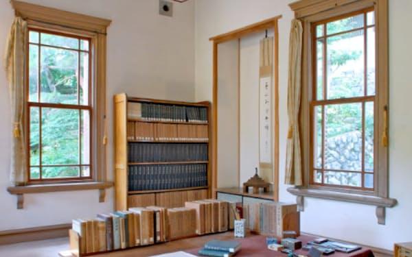 吉川の居宅は普段非公開だったが、再オープン後は書斎などを見られるようにする計画だ