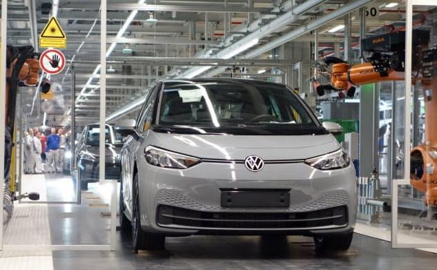 VWが社運を賭けて開発したEV「ID.3」の量産が始まった