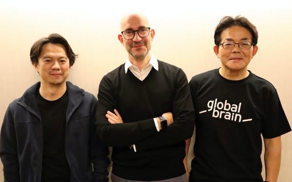 セキュリタイズのカルロス・ドミンゴCEO(中)、BUIDLの長谷川潤代表(左)、グローバル・ブレインの百合本安彦社長