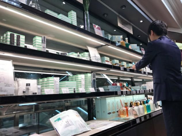 東武百貨店池袋店ではメンズコスメの売り場面積を2倍にした