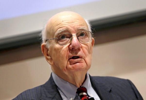 死去したポール・ボルカー元FRB議長(2015年6月)=ロイター