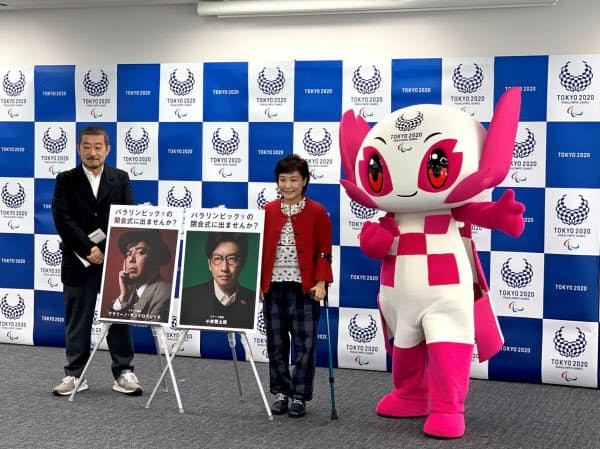 出演者募集の記者会見に出席した審査委員の佐々木宏氏(左)(9日、東京都中央区)