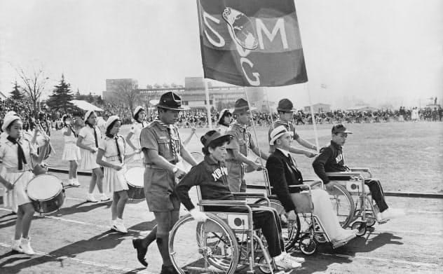 1964年東京パラリンピックを描き、来年1月に再上映されるドキュメンタリー映画「東京パラリンピック 愛と栄光の祭典」の一場面(制作:〈日芸綜合プロ〉上原明)=共同
