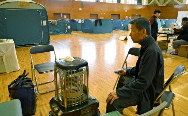 台風19号の被災者が今も暮らす福島県いわき市の避難所(12日午前)=共同