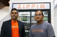 レジなし店舗の開発を手掛ける米ジッピンのクリシュナ・モツクリCEO(左)ら