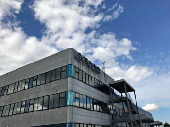 三光合成は富山県南砺市の本社工場にAI検査装置を導入した