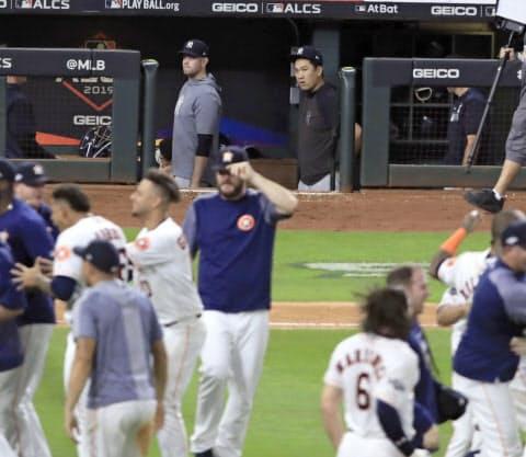 今季のヤンキースはコールの所属するアストロズとのア・リーグ優勝決定シリーズに敗れ、ワールドシリーズに進めなかった=共同