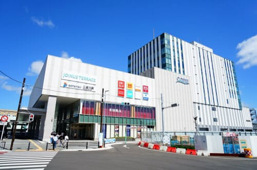 相鉄は2018年、二俣川駅で駅直結の商業施設を開業した(横浜市)