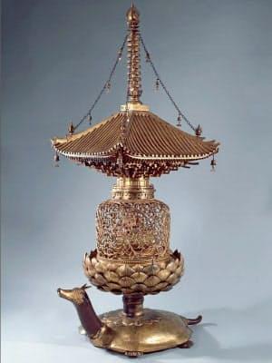 「金亀舎利塔」(国宝、唐招提寺蔵)