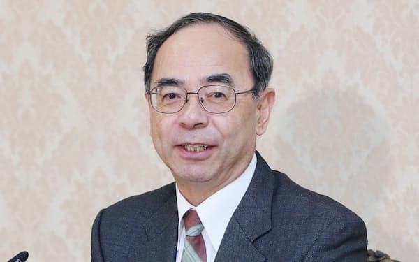 記者会見する西村泰彦宮内庁長官(17日、宮内庁)
