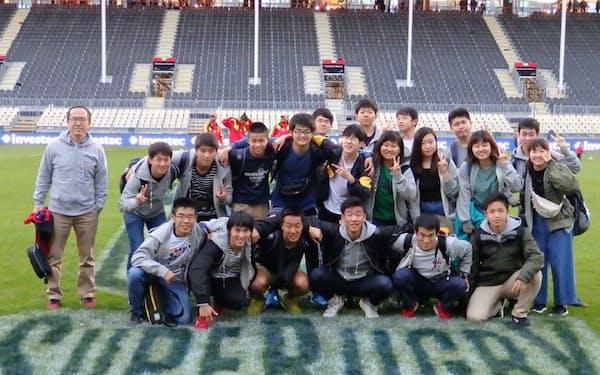 2019年のNZ留学に参加したメンバー(左端が田中さん)