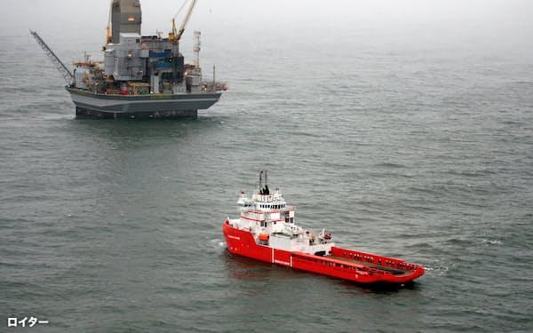 ロシアの資源開発事業「サハリン1」の原油生産設備=ロイター