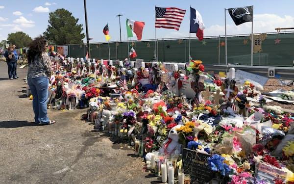 テキサス州エルパソの銃乱射事件では22人が犠牲となった(8月21日、エルパソ)