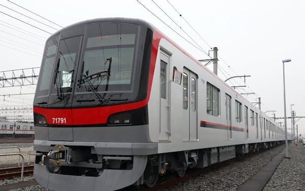 THライナーで使う新造車両(埼玉県久喜市)