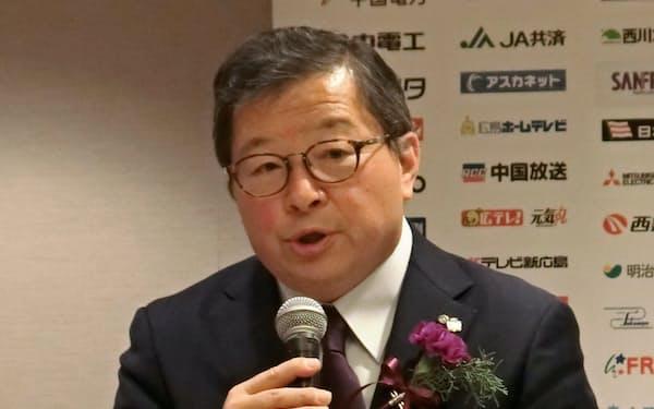 サンフレッチェの新社長に就任する仙田氏(24日、広島市)