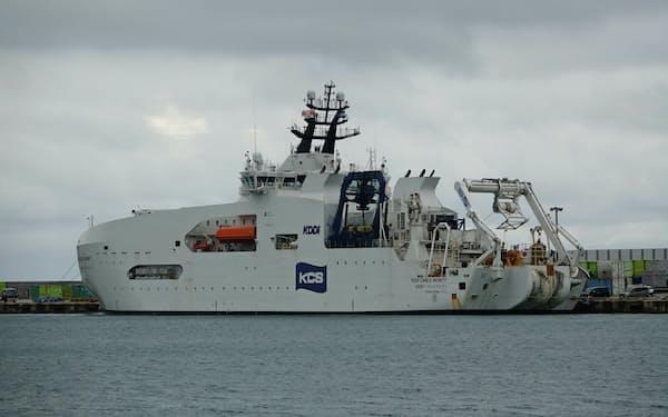 KDDIが所有する海底ケーブル敷設船「KDDIケーブルインフィニティ」