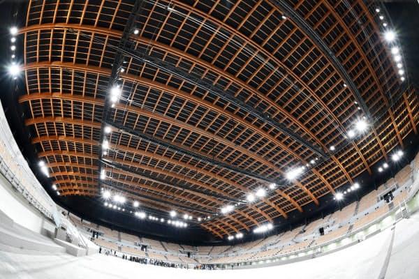 全長117メートルの木造アーチ屋根
