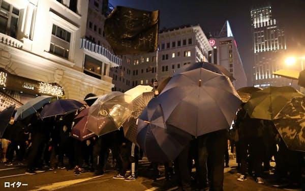 香港の抗議デモが収束する兆しはない=ロイター