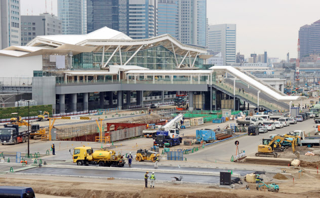 高輪ゲートウェイ駅の開業に向け、駅周辺も開発が進む(東京都港区)