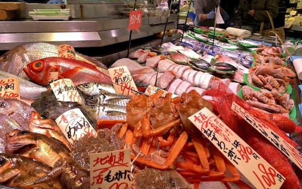 今冬はクロマグロやブリ、タイ、エビなど豪華な魚介類がお買い得(「魚力」渋谷東急東横店)