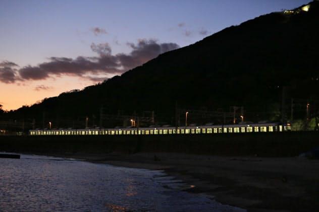 世阿弥元清「敦盛」 神戸市須磨区(写真で見る文学周遊)