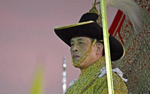 タイのワチラロンコン国王は政治関与を強める姿勢を鮮明にしている=ロイター