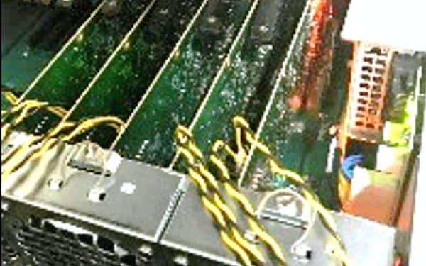 日立製作所が開発した「CMOSアニーリング」計算機のイメージ