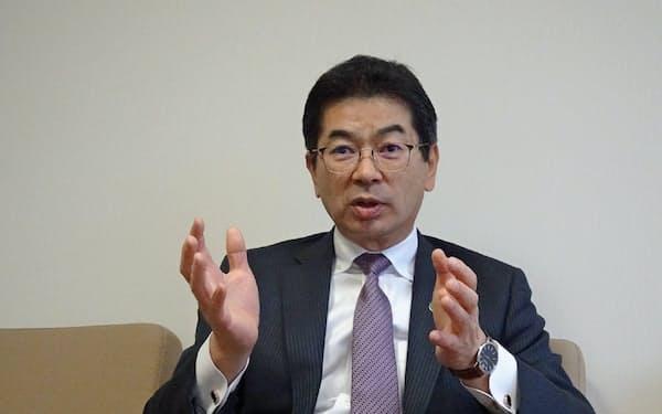 NTT西日本の小林充佳社長は地方の中堅・中小企業の課題解決サービスに照準を定める(大阪市)