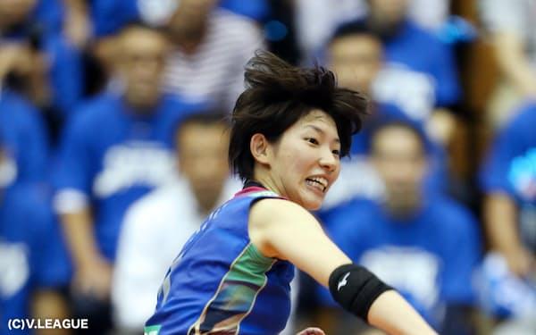 石井は「東京五輪までにもう一段成長したい」と今季から久光製薬の主将を引き受けた=(C)V.LEAGUE