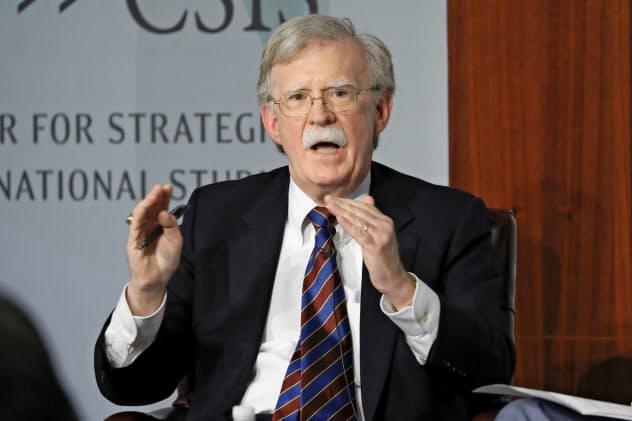 ボルトン前米大統領補佐官は2019年9月にトランプ大統領によって解任された=AP