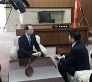 内堀知事(左)を訪問した東電HDの小早川社長
