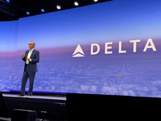 CESの開幕基調講演に登壇したデルタ航空のバスティアンCEO