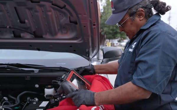 レンチ社が自動車修理の技術者をアプリ利用者の自宅に派遣する