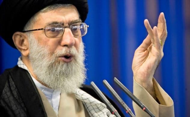 イランの最高指導者ハメネイ師ら同国のリーダーたちは、米国への反撃に慎重な計算をうかがわせた=ロイター
