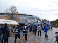 博多の森球技場はサッカーJ2のアビスパ福岡が本拠地にする(福岡市)