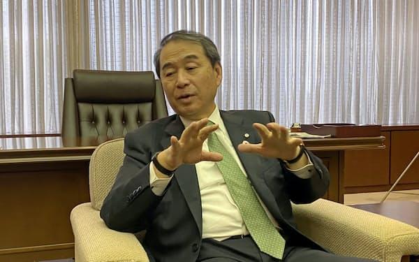 神戸商工会議所の家次恒会頭(神戸市)