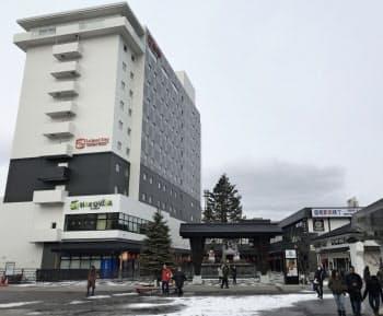 函館駅前再開発でオープンした「ハコビバ」(北海道函館市)