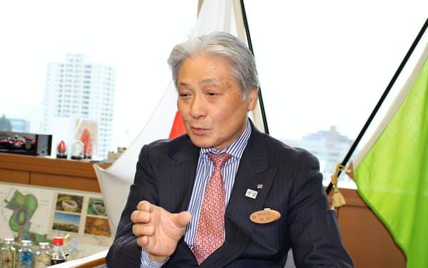 インタビューに答える栃木県の福田富一知事