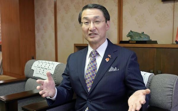 平井伸治・鳥取県知事