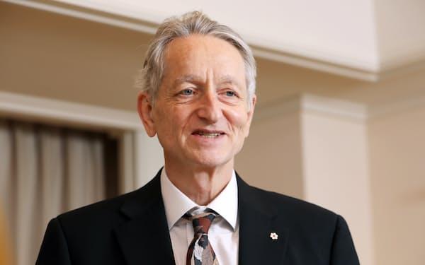 ジェフリー・ヒントン トロント大学名誉教授