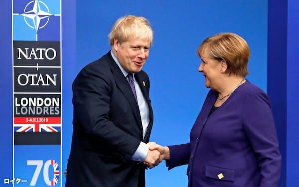 ジョンソン英首相(左)、メルケル独首相にとっても中東の安定は最優先課題=ロイター