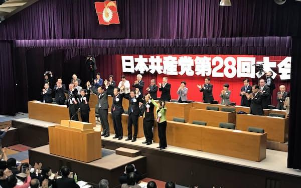 共産党大会では立民など野党幹部が来賓として出席した(14日、静岡県熱海市)