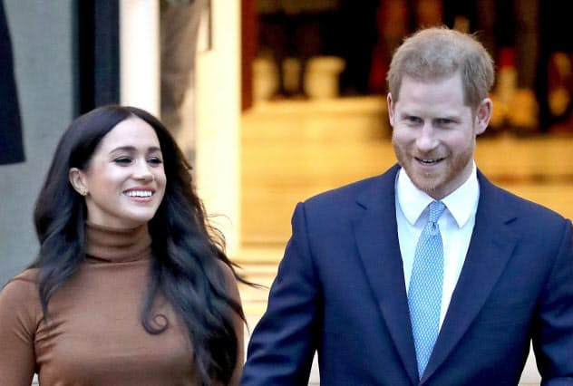 ヘンリー王子夫妻、英王族を「離脱」 殿下の称号失う
