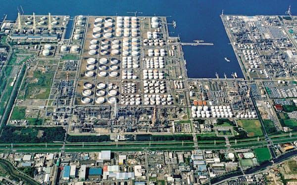 出光興産千葉事業所は東京ディズニーランドの7倍の広さを誇る